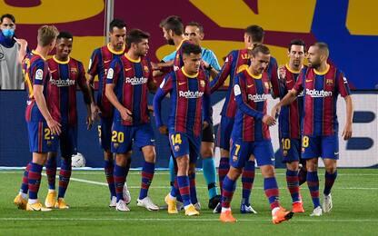 Taglio stipendi, i giocatori del Barça dicono no