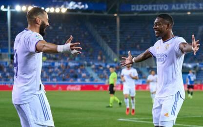 Il Real parte con un 4-1 all'Alavés: Benzema super