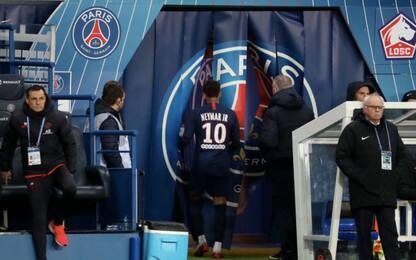 Neymar come CR7: lascia il campo dopo il cambio