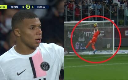 Mbappé restituisce la palla, ma rischia di segnare