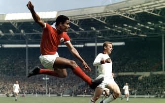 ©Dpa/LaPresse22-05-1963 Stadio Wembley di LondraSport calcioNella foto Eusebio
