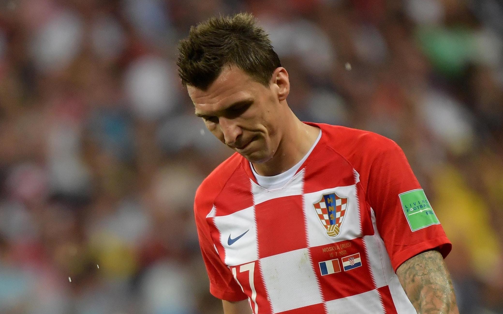 La delusione di Mandzukic dopo l'autogol nella finale Francia-Croazia