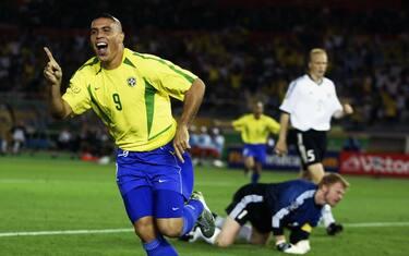 ronaldo_brasile_germania_mondiale_2002_finale