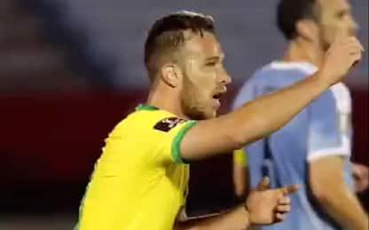 Arthur trascina il Brasile, Uruguay steso 2-0