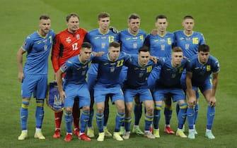 epa09447901 Starting eleven of Ukraine lines up for the 2022 FIFA World Cup qualification Group D soccer match between Ukraine and France in Kiev, Ukraine, 04 September 2021.  EPA/SERGEY DOLZHENKO