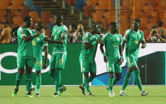 05 July 2019, Egypt, Cairo: Senegal's Sadio Mane (2-L) celebrates scoring his side's first goal with teammates during the 2019 Africa Cup of Nations round of 16 soccer match between Uganda and Senegal at Cairo International Stadium. Photo: Gehad Hamdy/dpa