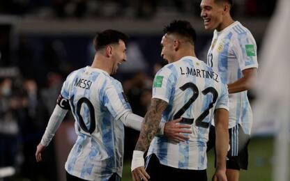 Messi-Lautaro show con l'Uruguay, frena il Brasile