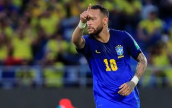 epa09517754 Brazil's Neymar Jr. in action during the CONMEBOL World Cup Qatar 2022 qualifier soccer match between Colombia and Brazil at the Metropolitano Stadium in Barranquilla, Colombia, 10 October 2021.  EPA/RICARDO MALDONADO ROZO