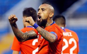 epa07923183 Chile's Arturo Vidal celebrates after scoring during the international soccer friendly match between Chile and Guinea at Jose Rico Perez stadium in Elche, eastern Spain, 15 October 2019.  EPA/Manuel Lorenzo