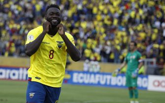 Ecuador's Felipe Caicedo celebrates a goal against Chile during the Russia World Cup 2018 qualifying match that both teams played in Quito, Ecuador, 06 October 2016. EFE/Freddy Constante