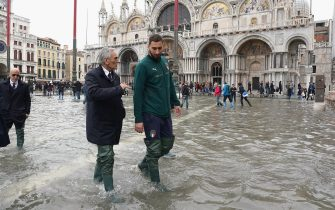 VENICE, ITALY - NOVEMBER 16:  President FIGC Gabriele Gravina and Gianluigi Donnarumma of Italy visit Venice  during the high water on November 16, 2019 in Venice, Italy.  (Photo by Claudio Villa/Getty Images) *** Local Caption *** Gianluigi Donnarumma; Gabriele Gravina