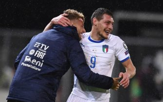 VADUZ, LIECHTENSTEIN - OCTOBER 15:  Andrea Belotti of Italy celebrates with Ciro Immobile of Italy after scoring the second goal during the UEFA Euro 2020 qualifier between Liechtenstein and Italy on October 15, 2019 in Vaduz, Liechtenstein.  (Photo by Claudio Villa/Getty Images)