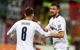ZENICA, BOSNIA AND HERZEGOVINA - NOVEMBER 15:  Francesco Acerbi of Italy celebrates with Jorginho of Italy after scoring the opening goal during the UEFA Euro 2020 Qualifier between Bosnia and Herzegovina and Italy on November 15, 2019 in Zenica, Bosnia and Herzegovina.  (Photo by Claudio Villa/Getty Images)