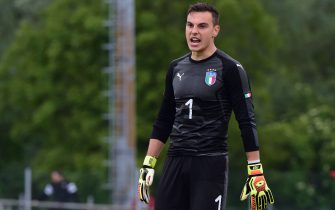 GRADISCA D'ISONZO, ITALY - MAY 08:  Goalkeeper of Italy U18 Federico Brancolini speaks during the International Friendly match between Italy U18 and Austria U18 on May 8, 2019 in Gradisca d'Isonzo, Italy.  (Photo by Pier Marco Tacca/Getty Images)
