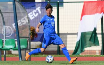 PADOVA, ITALY - APRIL 18:  Emanuel Vignato of Italy U18 in action during the U18 match between Italy and Hungary on April 18, 2018 in Abano Terme near Padova, Italy.  (Photo by Alessandro Sabattini/Getty Images)