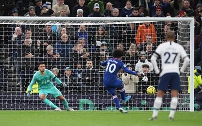 Lampard batte Mou, Spurs-Chelsea 0-2