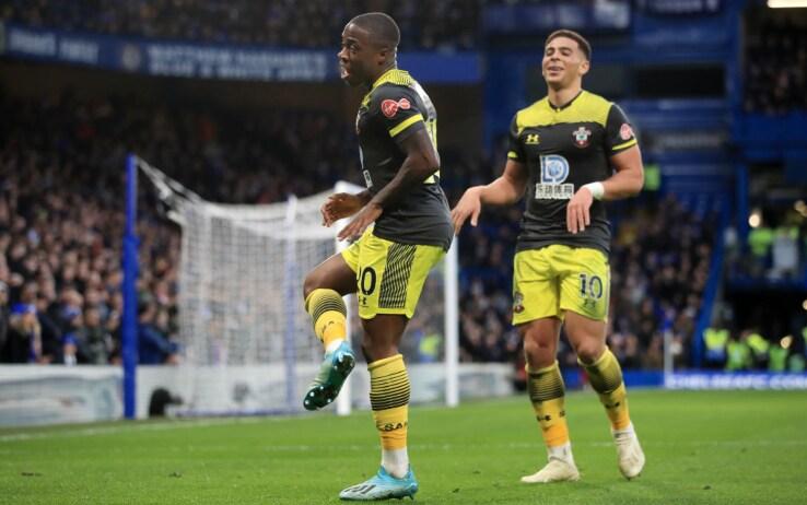 L'esultanza di Obafemi dopo il gol al Chelsea
