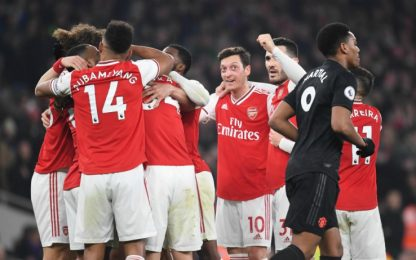 Pepé-Sokratis, l'Arsenal batte 2-0 il Man United
