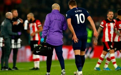 Tottenham, Kane si opera: tre mesi di stop