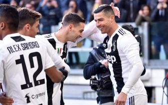 TURIN, ITALY - DECEMBER 29:  Cristiano Ronaldo of Juventus celebrates with team-mates after scoring the opening goal during the Serie A match between Juventus and UC Sampdoria on December 29, 2018 in Turin, Italy.  (Photo by Tullio M. Puglia/Getty Images)