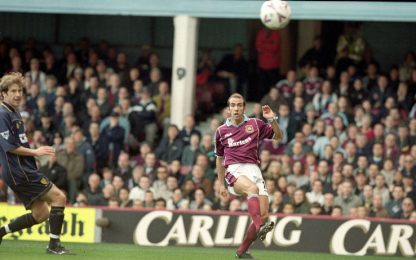 20 anni fa il magico volley-gol di Di Canio. VIDEO
