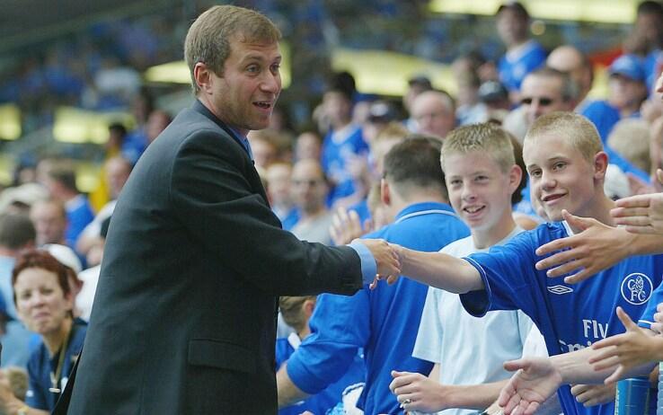 23 agosto 2003: la prima di Roman Abramovich a Stamford Bridge