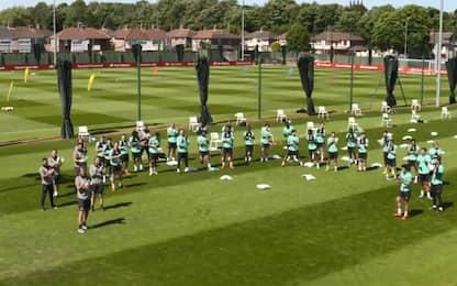 Liverpool, il coro per i 40 anni di Gerrard. VIDEO