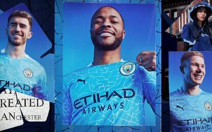 Man City, presentata nuova maglia a mosaico. FOTO