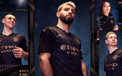 Man City, presentata la maglia da trasferta. FOTO