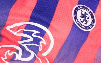 """""""RossoBlues"""": svelata la terza maglia del Chelsea"""