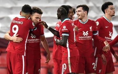 Il Liverpool torna in vetta, Leicester battuto 3-0