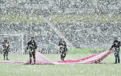 WBA-Arsenal, bufera di neve al The Hawthorns. FOTO