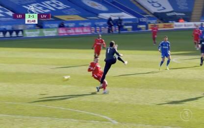 Leicester-Liverpool, che papera di Alisson! VIDEO