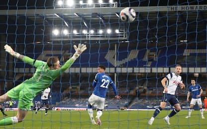 Pari tra Ancelotti e Mou, Everton-Tottenham 2-2