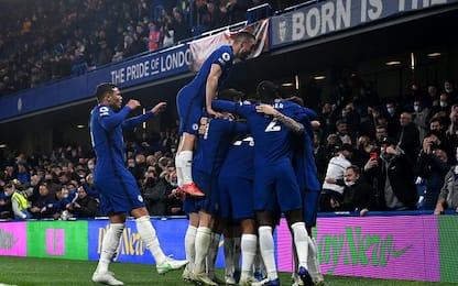 Sorpasso Chelsea al 3° posto, 2-1 al Leicester