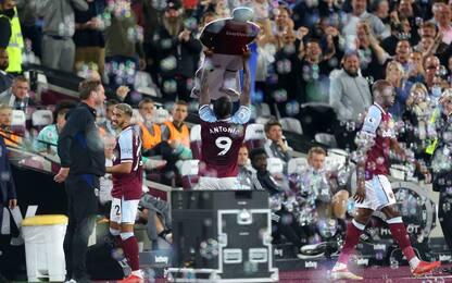 West Ham, Antonio nella storia ed esulta così