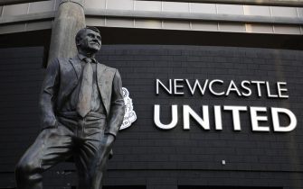 epa09511700 (FILE) - The Bobby Robson statue before the English Premier league soccer match between Newcastle United and Leicester City held at St James' Park stadium in Newcastle, Britain, 01 January 2020 (re-issued 07 October 2021). Newcastle United confirmed on 07 October 2021 that the Saudi Public Investment Fund (PIF), and also comprising PCP Capital Partners and RB Sports & Media, has completed the takeover of Newcastle United.  EPA/LYNNE CAMERON EDITORIAL USE ONLY. No use with unauthorized audio, video, data, fixture lists, club/league logos or 'live' services. Online in-match use limited to 120 images, no video emulation. No use in betting, games or single club/league/player publications *** Local Caption *** 55816254