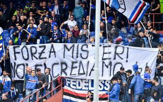 Sampdoria's fans dedicate a banner to Italian coach Claudio Ranieri before the Italian Serie A soccer match Uc Sampdoria vs As Roma at Luigi Ferraris Stadium in Genoa, Italy, 20 October 2019.  ANSA/SIMONE ARVEDA