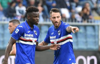 GENOA, ITALY - OCTOBER 20: Andrea Bertolacci and Ronaldo Vieira of UC Sampdoria during the Serie A match between UC Sampdoria and AS Roma at Stadio Luigi Ferraris on October 20, 2019 in Genoa, Italy. (Photo by Paolo Rattini/Getty Images)