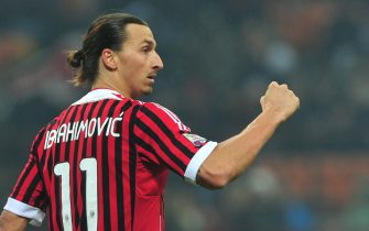 AC Milan's Swedish forward Zlatan Ibrahimovic celebrates after scoring a penalty during the Italian Serie A football match between AC  Milan and Chievo on November 27, 2011 at San Siro Stadium in Milan. AFP PHOTO / GIUSEPPE CACACE (Photo credit should read GIUSEPPE CACACE/AFP via Getty Images)