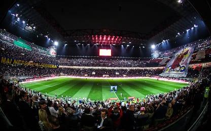 Tifosi allo stadio in aumento in A, milanesi prime