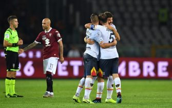 TURIN, ITALY - SEPTEMBER 16:  Players of US Lecce celebrate victory at the end of the Serie A match between Torino FC and US Lecce at Stadio Olimpico di Torino on September 16, 2019 in Turin, Italy.  (Photo by Valerio Pennicino/Getty Images)