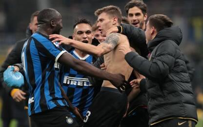 Barella rimonta il Verona: 2-1 e Inter in testa