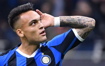 Inter Milan's Argentinian forward Lautaro Martinez celebrates after scoring a penalty during the Italian Serie A football match Inter vs Juventus on October 6, 2019 at the San Siro stadium in Milan. (Photo by Alberto PIZZOLI / AFP) (Photo by ALBERTO PIZZOLI/AFP via Getty Images)