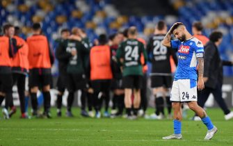 NAPLES, ITALY - DECEMBER 01: Lorenzo Insigne of SSC Napoli stands disappointed after the Serie A match between SSC Napoli and Bologna FC at Stadio San Paolo on December 01, 2019 in Naples, Italy. (Photo by Francesco Pecoraro/Getty Images)