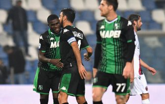 REGGIO NELL'EMILIA, ITALY - NOVEMBER 08:  Jeremie Boga of US Sassuolo  celebrates after scoring his team second goal during the Serie A match between US Sassuolo and Bologna FC at Mapei Stadium - Città del Tricolore on November 8, 2019 in Reggio nell'Emilia, Italy  (Photo by Alessandro Sabattini/Getty Images)