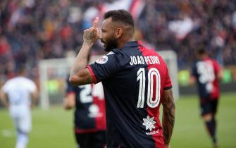 CAGLIARI, ITALY - APRIL 20: Joao Pedro of Cagliari celebrates his goal 1-0   during the Serie A match between Cagliari and Frosinone Calcio at Sardegna Arena on April 20, 2019 in Cagliari, Italy.  (Photo by Enrico Locci/Getty Images)