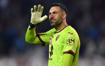 TURIN, ITALY - OCTOBER 06:  Salvatore Sirigu of Torino FC salutes at the end of the Serie A match between Torino FC and SSC Napoli at Stadio Olimpico di Torino on October 6, 2019 in Turin, Italy.  (Photo by Valerio Pennicino/Getty Images)