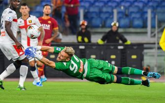Genoa's Romanian goalkeeper Ionut Radu deflects a shot during the Italian Serie A football match Roma vs Genoa on August 25, 2019 at the Olympic stadium in Rome. (Photo by Andreas SOLARO / AFP)        (Photo credit should read ANDREAS SOLARO/AFP via Getty Images)