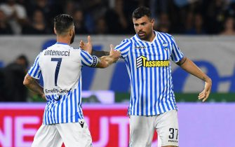 FERRARA, ITALY - SEPTEMBER 17:  Andrea Petagna (R) of Spal celebrates after scoring his team second goal with Mirco Antenucci of Spal during the serie A match between SPAL and Atalanta BC at Stadio Paolo Mazza on September 17, 2018 in Ferrara, Italy.  (Photo by Alessandro Sabattini/Getty Images)